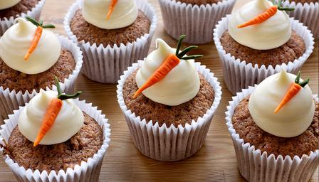 carrot cupcakes by Little Miss Summer