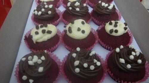 Red-Velvet Cupcakes by Little Miss Summer