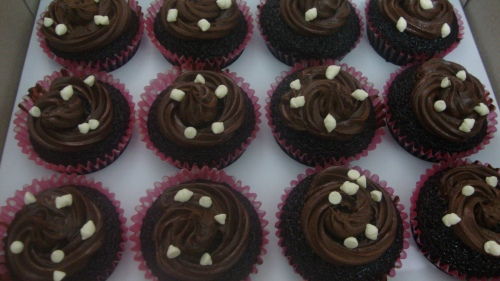 Choco Cream-Cheese Cupcakes by Little Miss Summer
